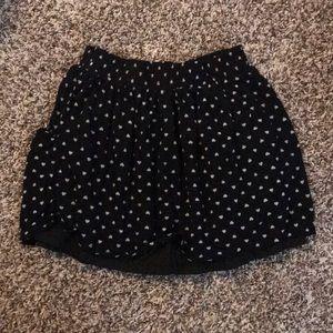 🎉3/$25 Forever 21 Black & White Heart Skirt sz L